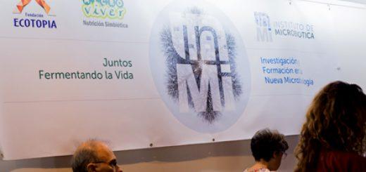 Cartel recién creado InMi (Instituto Microbiótica)
